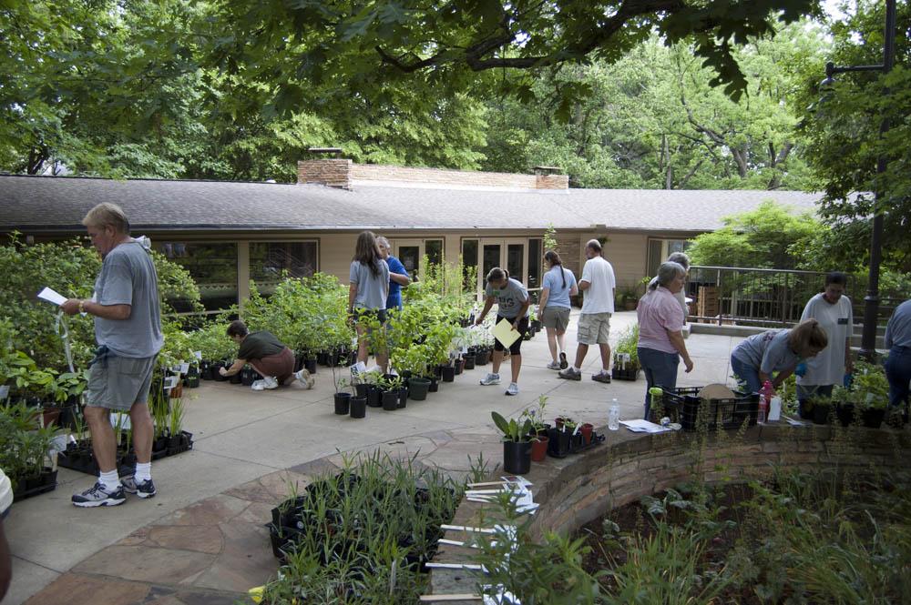 Celebrate National Public Garden Days at Peel Compton