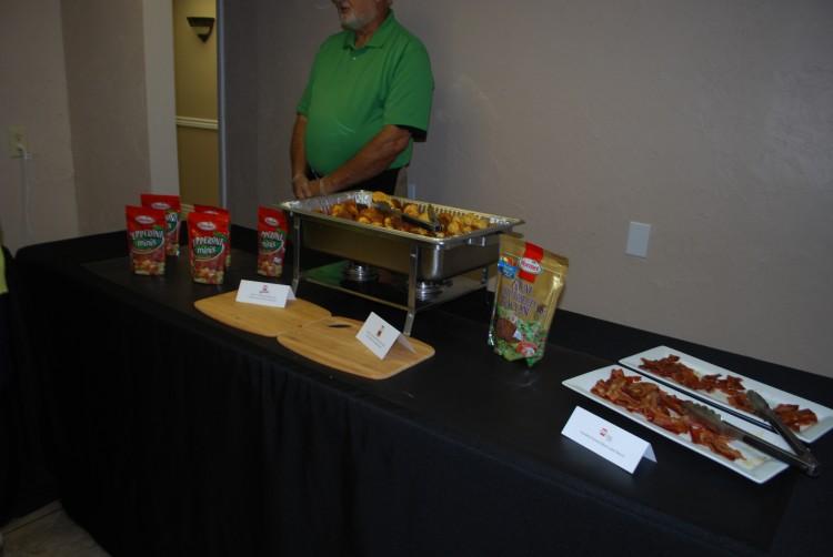 Food table2