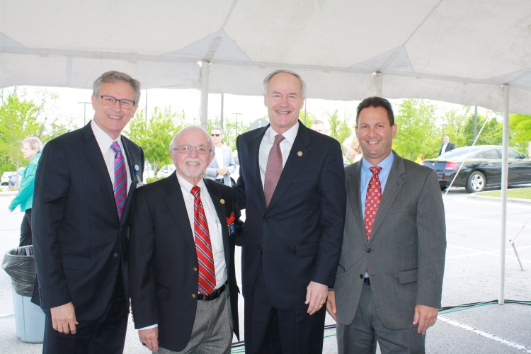 Dr. Steve Goss, president of Mercy Clinic; Dick Trammel, Arkansas Highway Commissioner; Governor Asa Hutchinson; Eric Pianalto, Mercy Hospital president