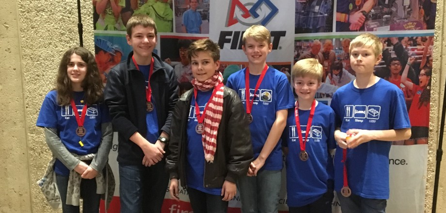The New School LEGO Robotics Team Advances to International Competition